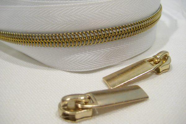zipper hardware