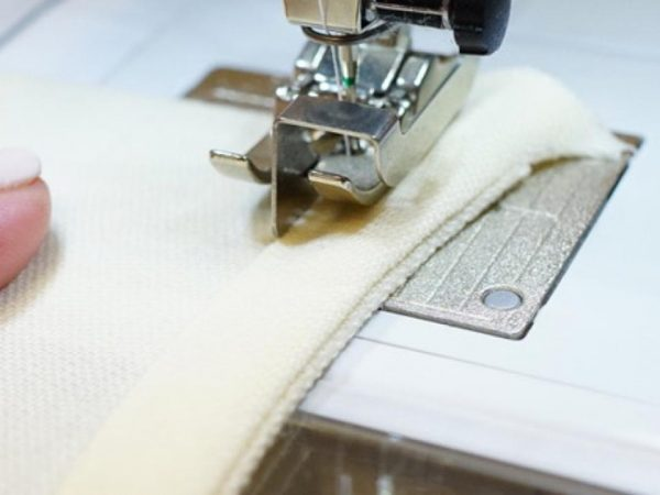 French Bias Binding Tutorial 1200 x 800 BERNINA WeAllSew Blog - Erica Bunker