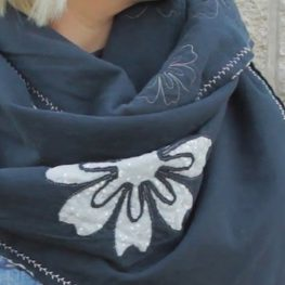 Reverse Appliqué Knit Scarf tutorial