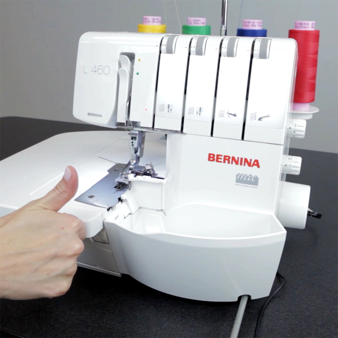 How To Thread An Overlocker Weallsew This Is The Machine Should Be Threaded Threading