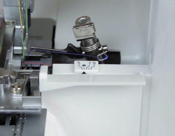 Overlocker Threading - cutting width indicator