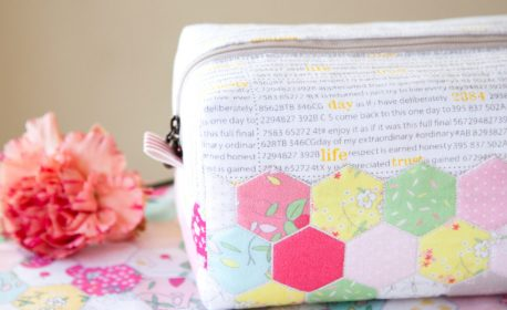 Hexie block zipper pouch