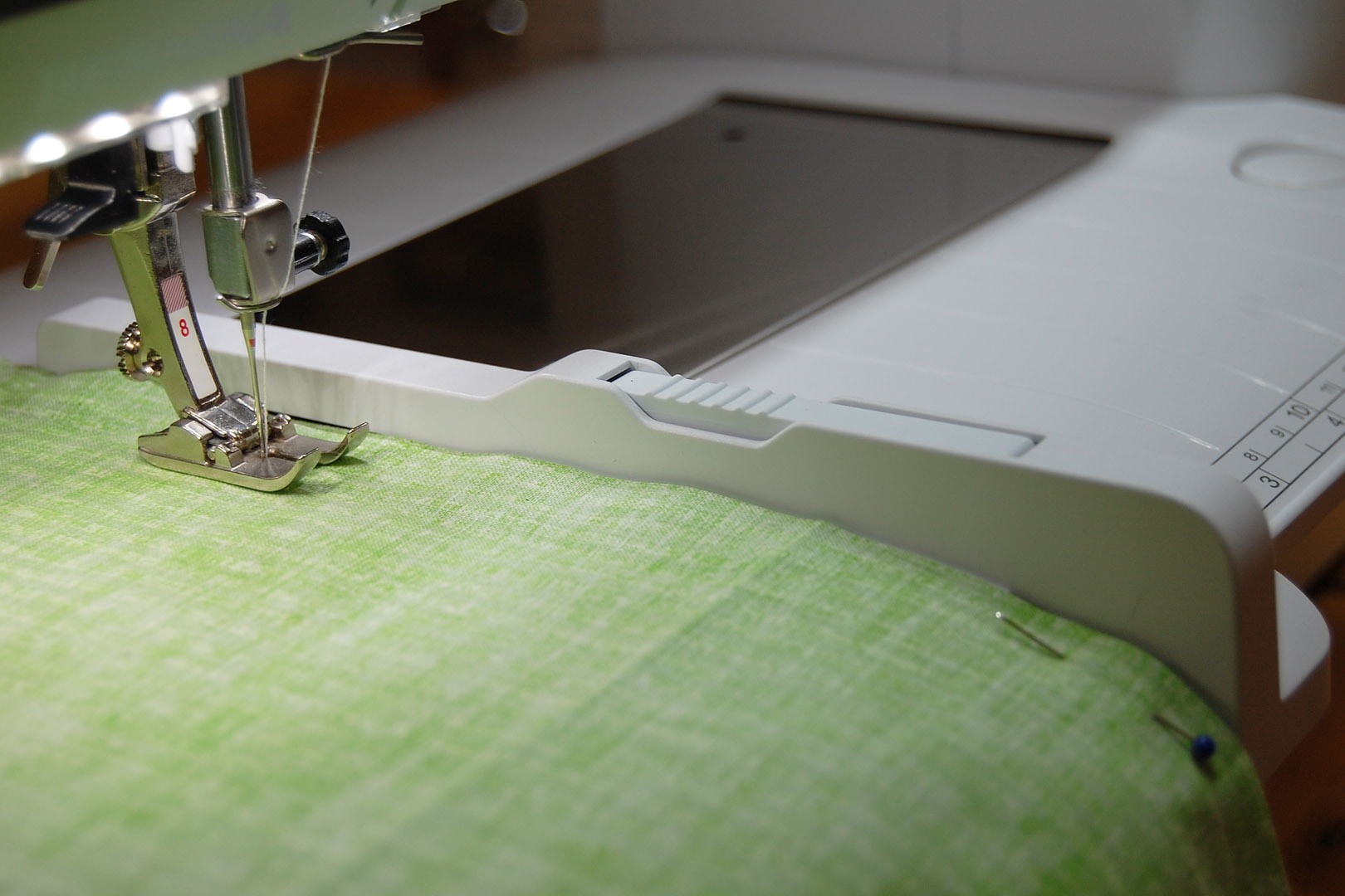 Tips for sewing straight seams