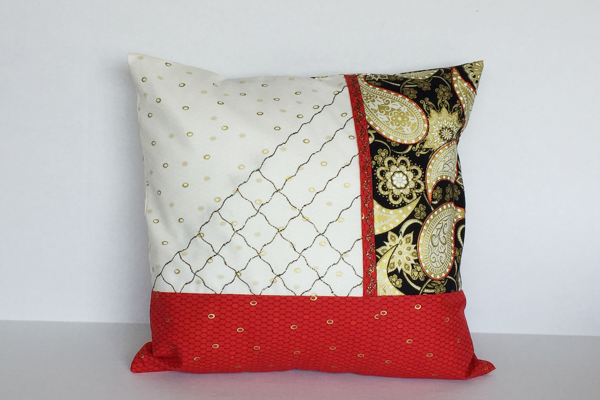 Bobbinwork Pillow
