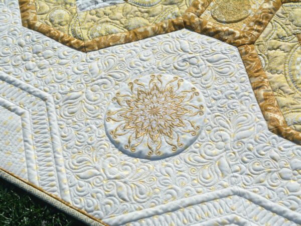 The side border embroideries on the BERNINA 125th Anniversary Quilt