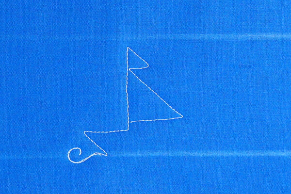 Free-motion Quilting Sailboats - create the sail