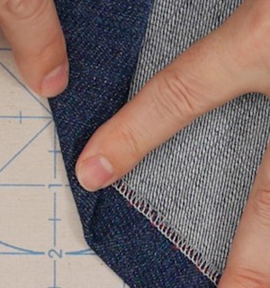 Hemming_3_ways_blind_hem_right_wrong_sides