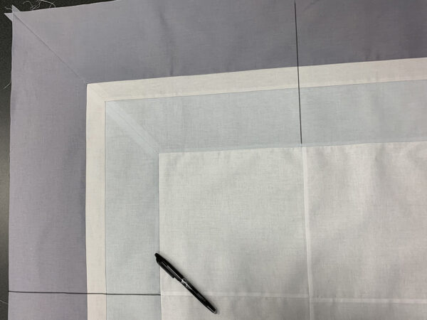 Corners and borders with BERNINA Q-matic