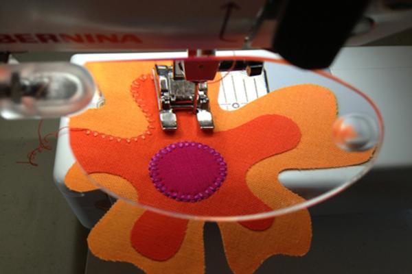 BERNINA magnifier and applique