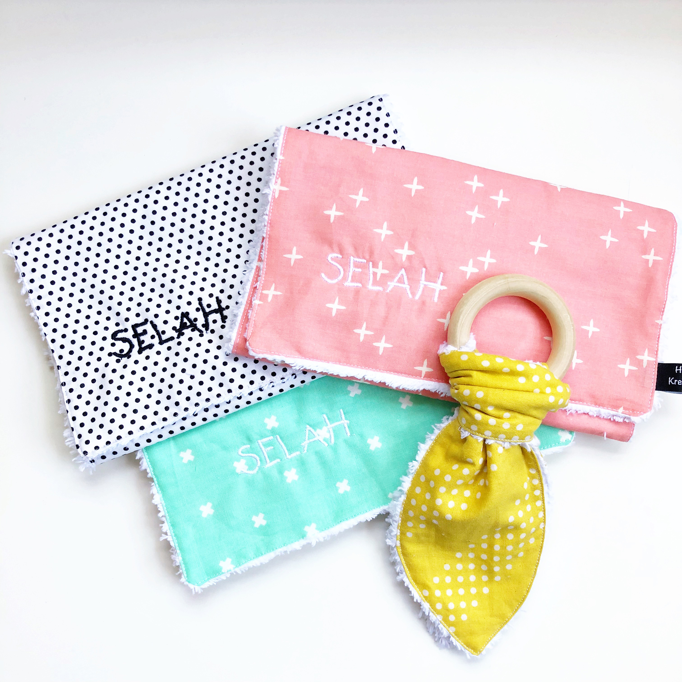 baby spit cloths