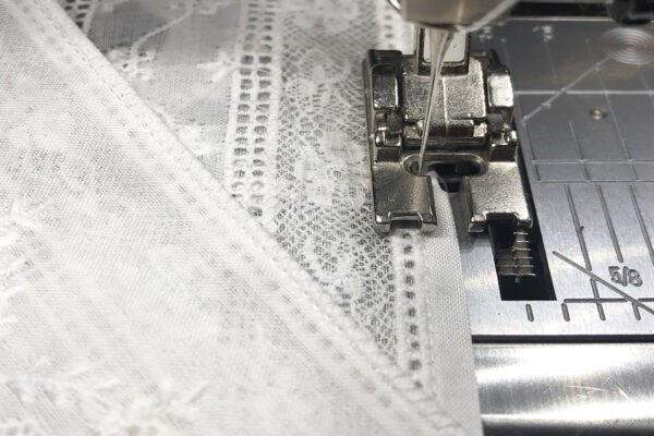 Heirloom_Sewing_Entredeux_Seam_Finish