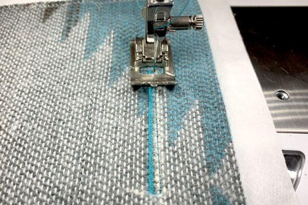Manual_Buttonholes_stitch_back
