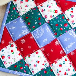Christmas Potholder Tutorial from WeAllSew