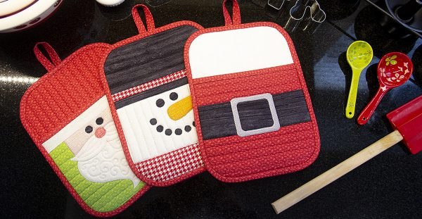 Holiday Potholder Tutorial from WeAllSew