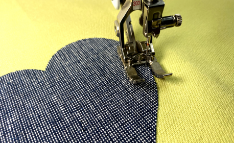 Invisible applique-stitching