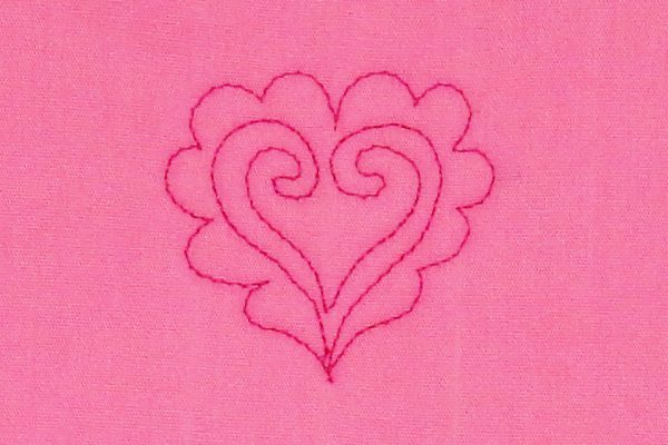 how to free-motion quilt scalloped hearts, step seven