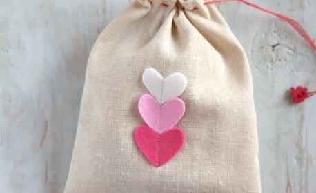 Valentines Day Goodie Bag tutorial from WeAllSew