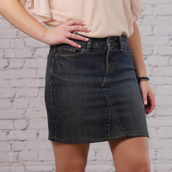 Jeans_to_Skirt_tutorial