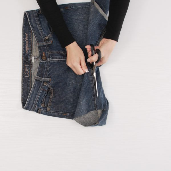 Jeans_to_Skirt_Cut_Inseam