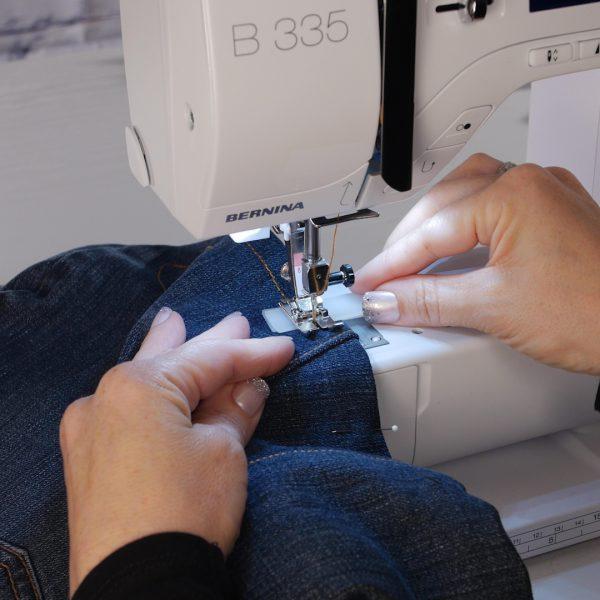 Jeans_to_Skirt_Sew_Hem