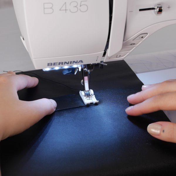 Leather_Belt_Bag_Stitch