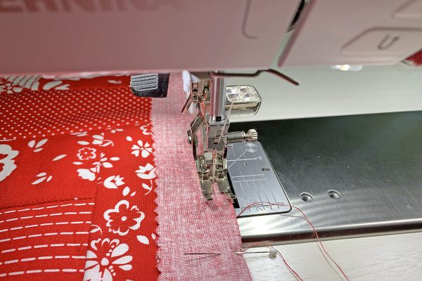Red_White_Quilt_border