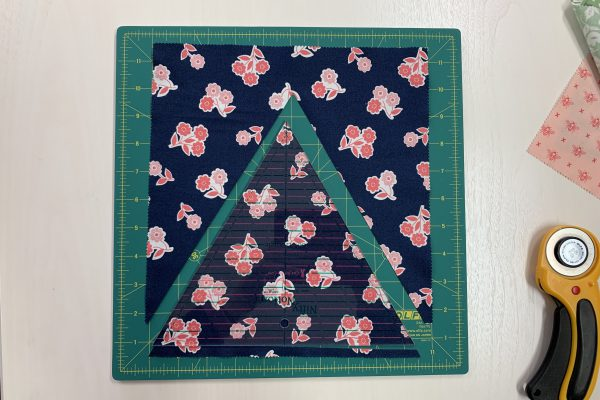 Equilateral Triangle Table Runner_60 degree triangle