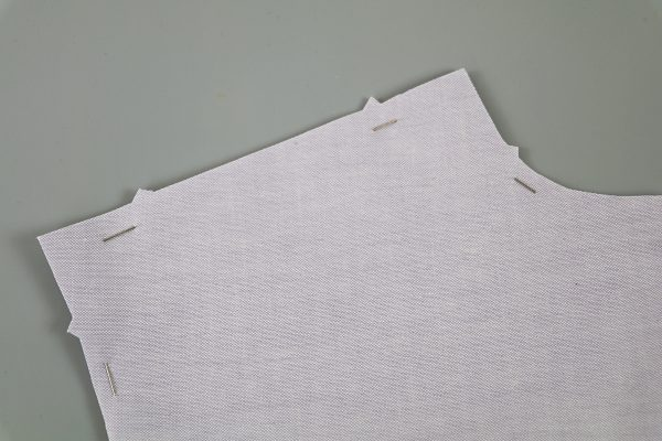 Garment_Sew-Along_Post_#2_Cut_Out_Notch