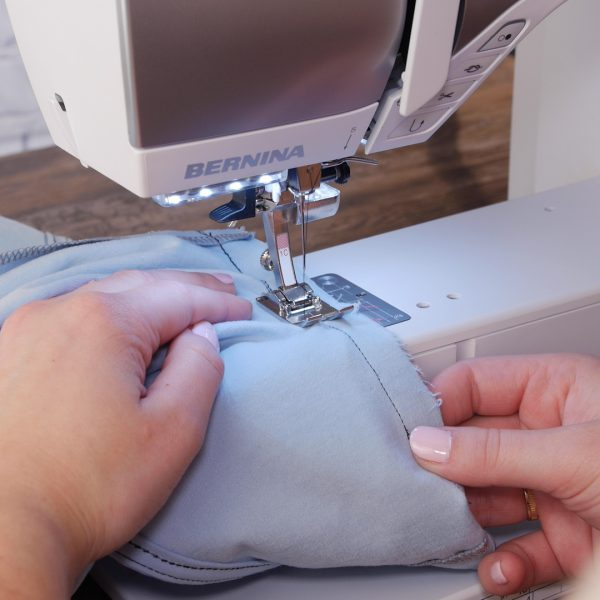Setting_A_Sleeve_Second_Stitching