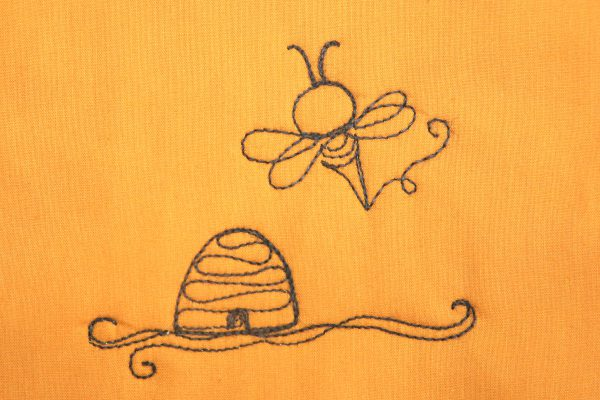 How to Free-motion quilt the Busy Bee Motif-step seven