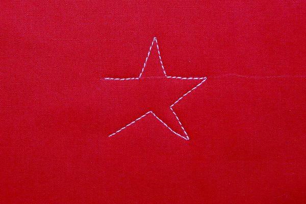 How to Free-motion Quilt Stars and Stripes - Step three