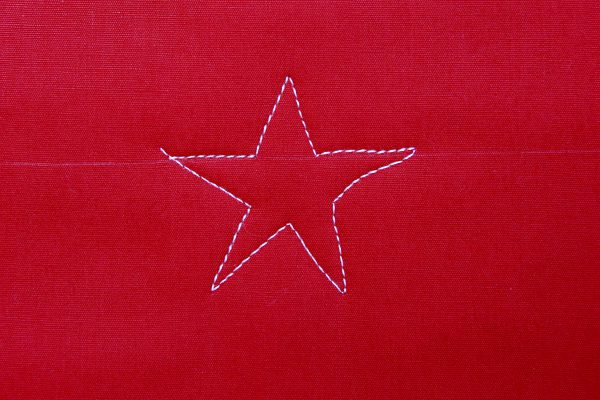 How to Free-motion Quilt Stars and Stripes - Step four