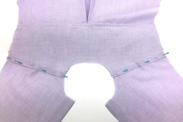 Garment_Sew_Along_Post_#4_Yoke_Pinned