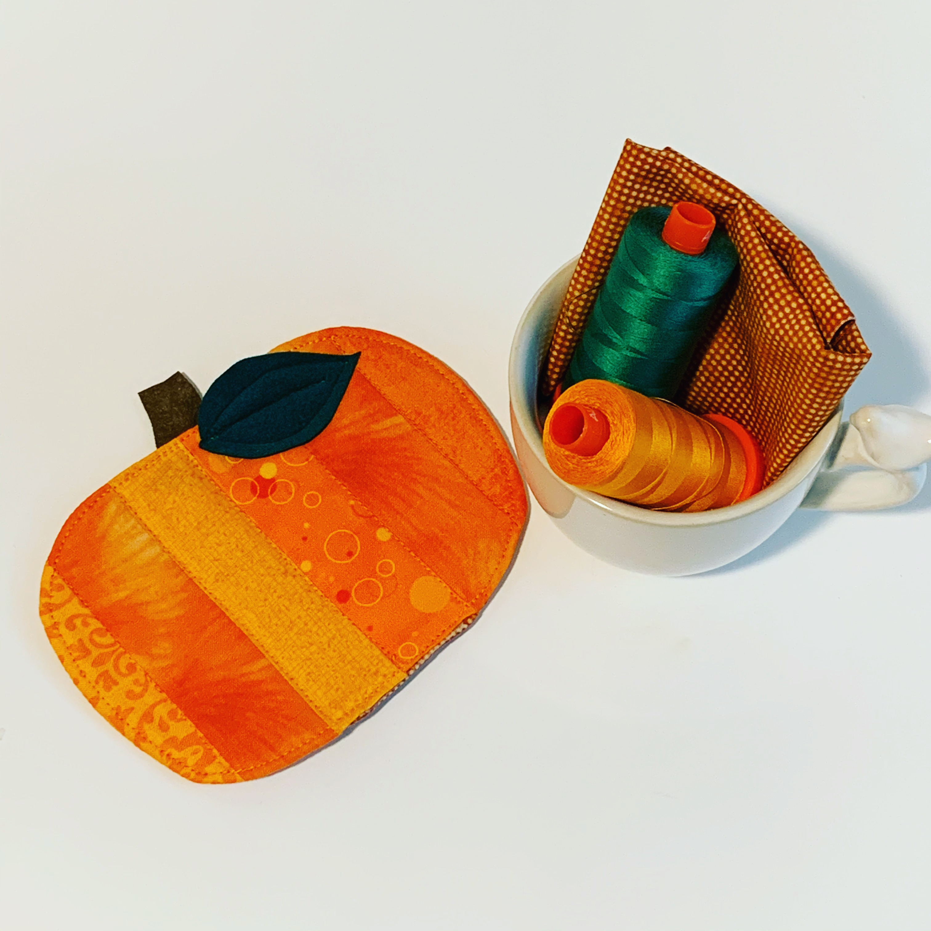 Cute Pumpkin 🎃 Mug Rug Sewn With My BERNINA
