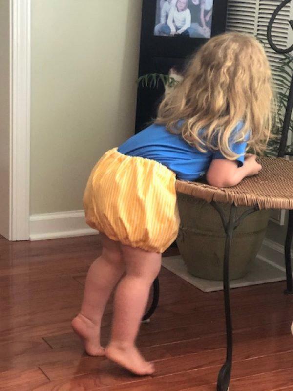 Reversible Bloomer Tutorial: Toddler Photo