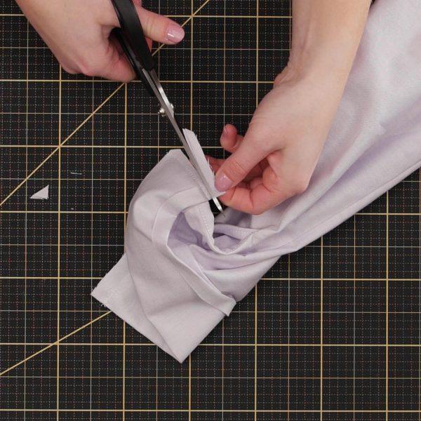 Garment_Sew-along_Part_7_Cuffs_trimming_cuff_edge