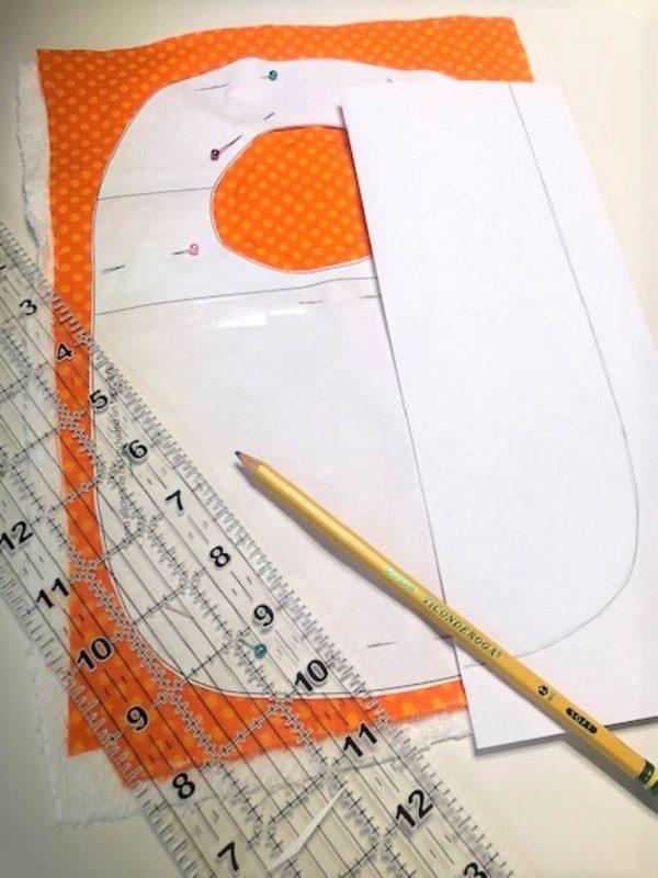 Appliqued Bib Burp Cloth Set Tutorial: preparing the pattern