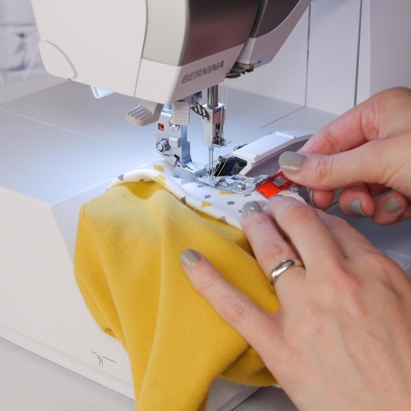 Baby_Beanie_free_arm_sewing