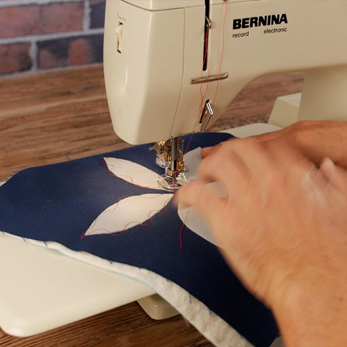 BERNINA 3 Ways Adjustable Feet 11_Sample_Foot_74_BERNINA_WeAllSew_Blog_500x500px