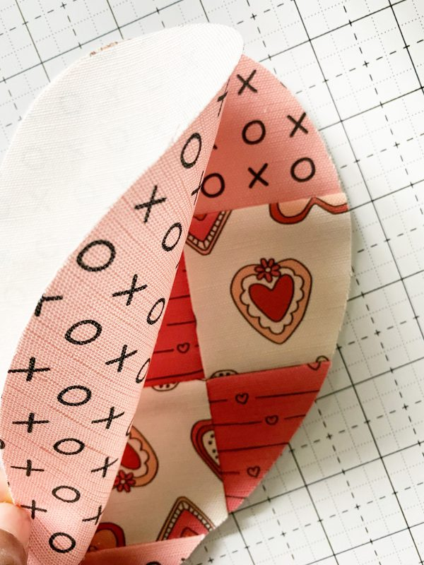 Valentine Mug Rugs: Sew the pieces together