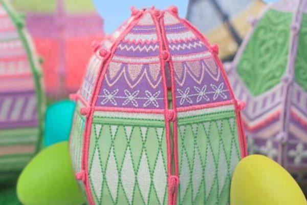 3-D Easter Eggs
