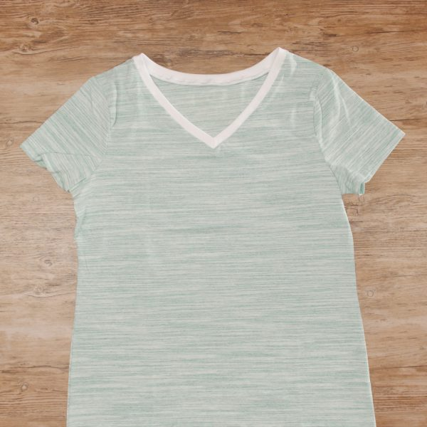 T-Shirt Upcycle - MTC_Crew_Neck_to_V_Neck_02_Finished_shirt_BERNINA_WeAllSew_Blog_1080x1080px