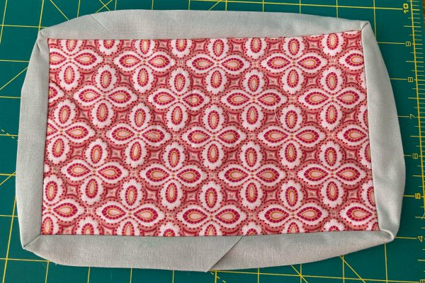 Binding Ironed Out - How to Sew a Mug Rug with BERNINA Lap Seam Foot #71