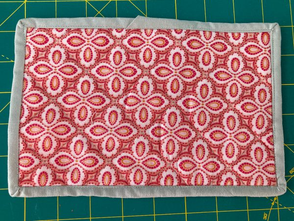 How to Sew a Mug Rug with BERNINA Lap Seam Foot #71