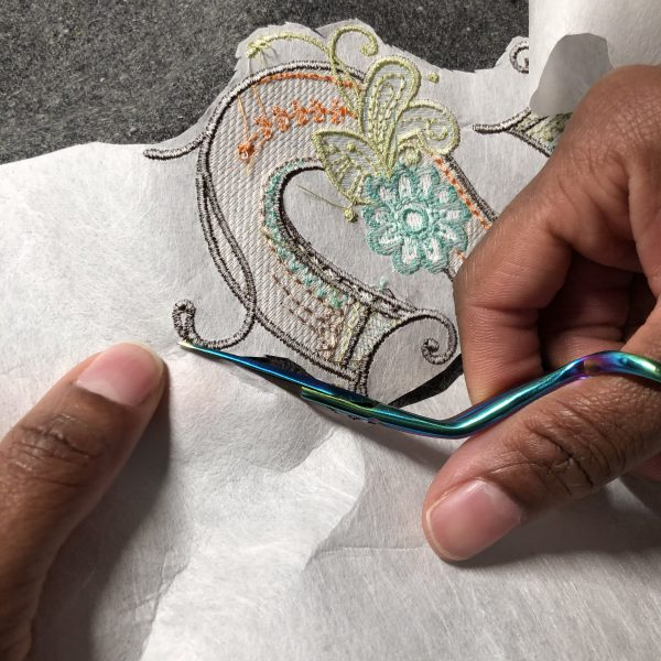 Multicolor Embroidery: Clean up the design