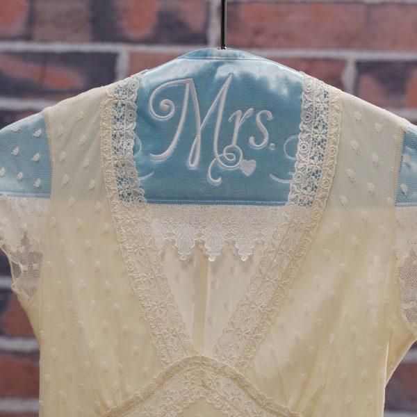 MTC_Bridal_Hanger_Cover_01_Beauty_shot_bridal_hanger_cover_BERNINA_WeAllSew_Blog_1080x1080px