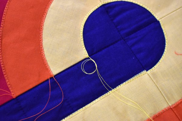 Insert video: start and stop sewing Curvy Lines Quilt for blog