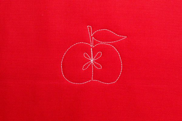 Free-motion quilted apple
