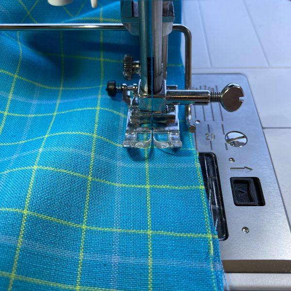 Beginners_Guide_Valance_11_Sew_fabrics_BERNINA_WeAllSew_Blog_1200x1200px